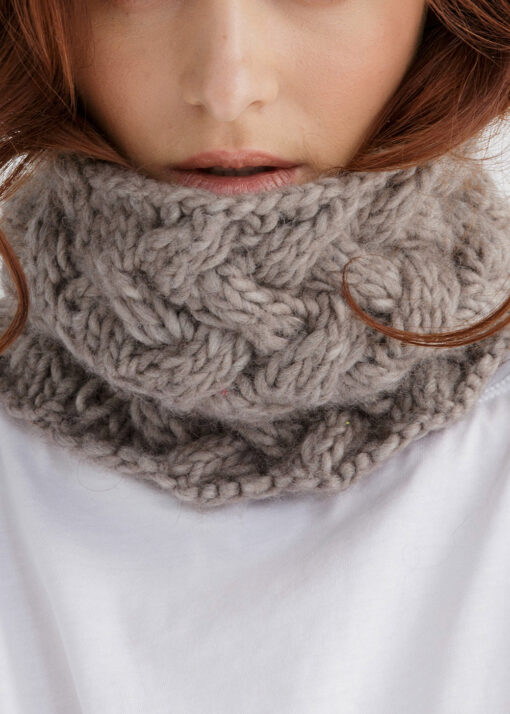 Cable Cowl Knitting Pattern