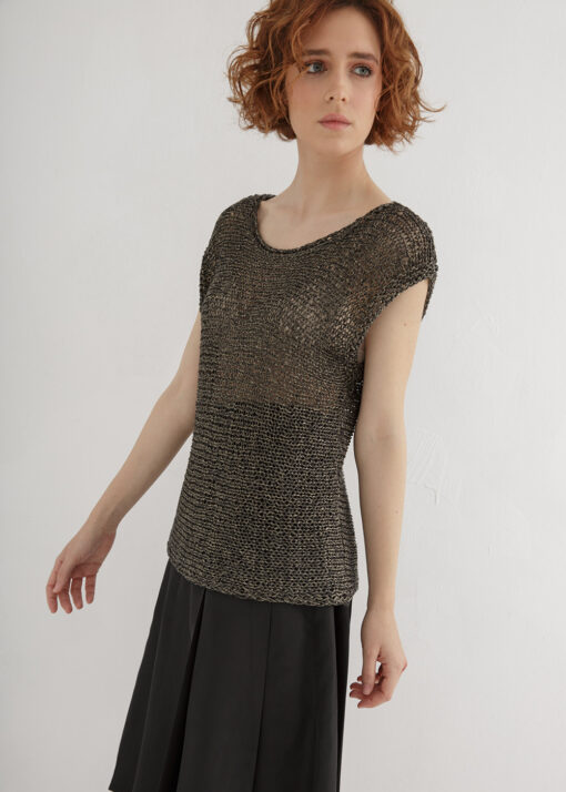 horizontal knitted top